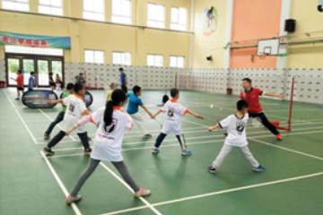 上海奕成訓練營上海奕成-羽毛球冬令營圖片