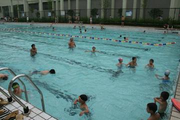 宝贝营天下游泳营东方体育中心游泳培训图片