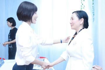 上海新华礼仪上海新华女士形体气质礼仪培训凯发k8App图片