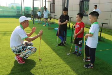 能百高爾夫高爾夫小球體驗課圖片