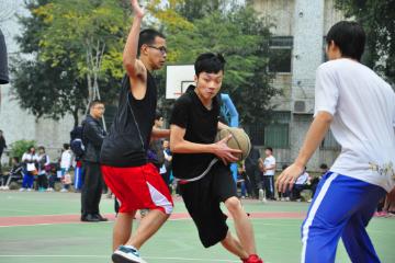 赤菟体育小飞人篮球俱乐部上海赤菟小飞人麦迪35秒巅.峰篮球训练营图片图片
