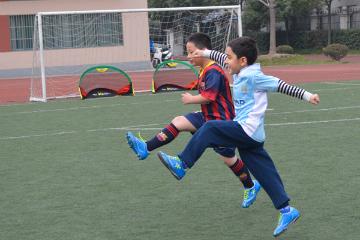 貝樂康少兒足球培訓貝樂康小學足球培訓課程圖片圖片
