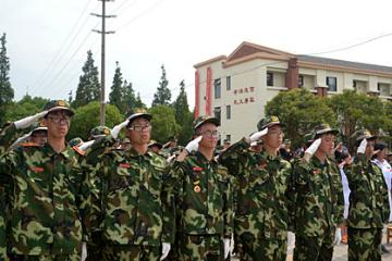 中國121軍事夏令營21天少年將帥集訓營圖片
