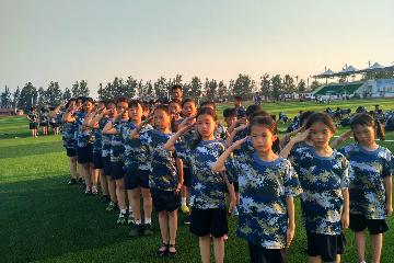 武漢投石黃埔軍事夏令營15天超級領袖軍事夏令營圖片圖片