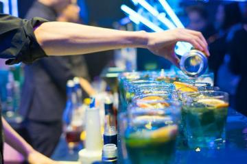 英佳爾西餐餐飲培訓學校專業調酒師培訓課程圖片