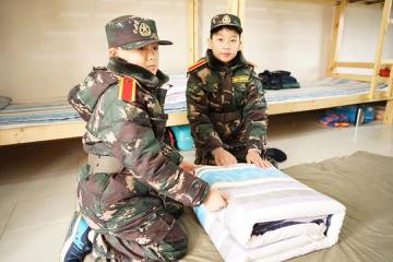中國121軍事夏令營2021中國121軍事冬令營14天未來將帥領袖訓練營圖片